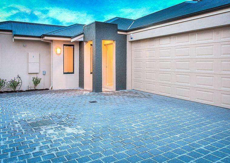 real-estate-1686342_960_720