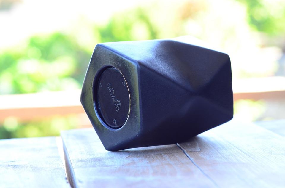 speaker-73185_960_720