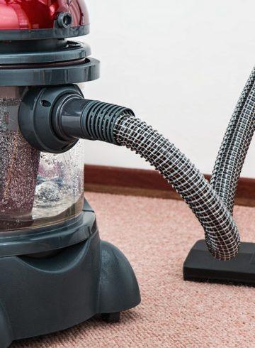vacuum-cleaner-carpet-cleaner-housework-housekeeping-38325