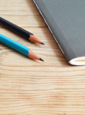 college-composition-desk-419635